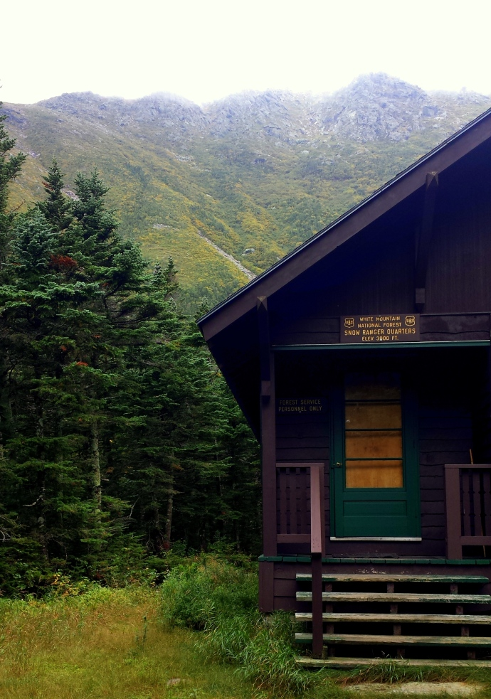 The ranger station at Hermit Lake, where we stopped for lunch.