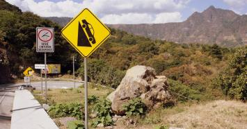 This is along the road we walked UP to get to the volcano. They don't mess around in Guatemala.